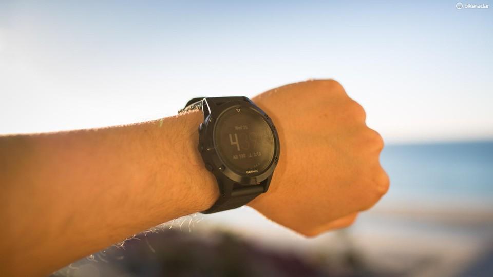 Garmin Enduro: раскрыта информация об сверхмощных мультиспортивных GPS-часах
